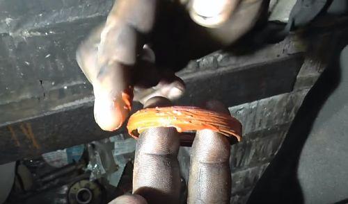 установка уплотнителя