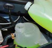 Замена охлаждающей жидкости на Рено Логан