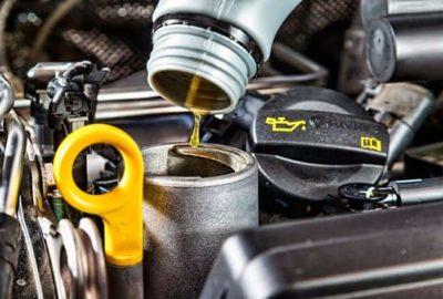 Основные правила при проверке уровня моторного масла