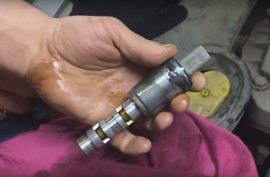 Клапан фазорегулятора Renault