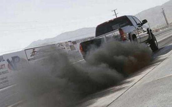 Черный дым у авто