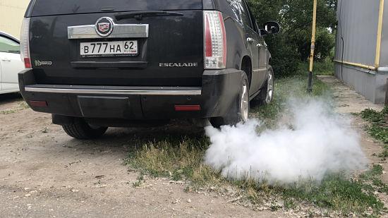 белый дым при запуске двигателя